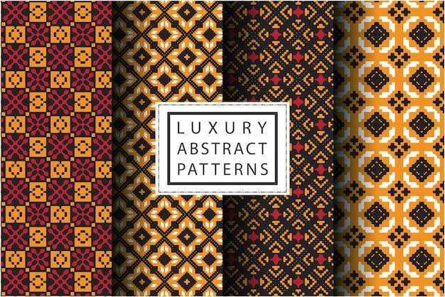 モザイクスタイルで設定された豪華な抽象的なパターン