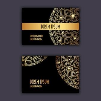 Роскошные визитные карточки с цветочным орнаментом мандалы. винтажные декоративные элементы