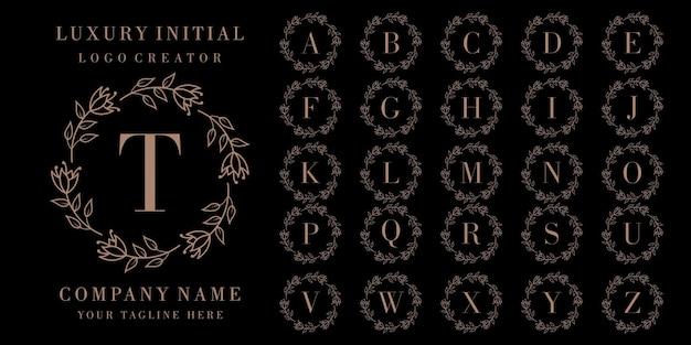 花柄の豪華なイニシャルバッジのロゴデザイン