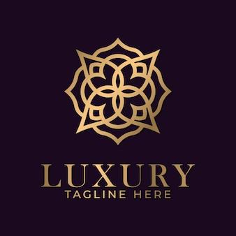 スパとマッサージビジネス業界向けの豪華な曼荼羅と金色の装飾ロゴデザインテンプレート