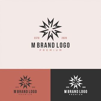 М монограмма начальный королевский логотип набор