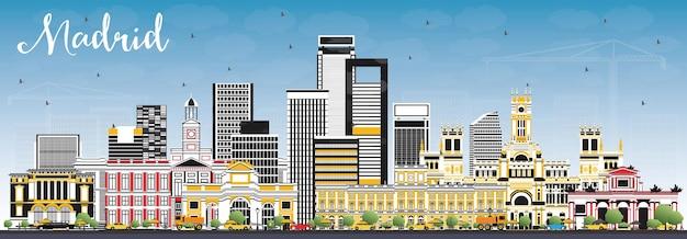 회색 건물과 푸른 하늘이 있는 마드리드 스페인 스카이라인. 벡터 일러스트 레이 션. 역사적인 건축과 비즈니스 여행 및 관광 개념입니다.
