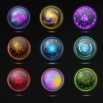 魔法のボール。プラズマ、輝くミステリークリスタルオーブ、幻想的な効果を持つ精神的なガラスグローブオカルト予測未来とエネルギー球3dイラストベクトル分離黒の背景に設定