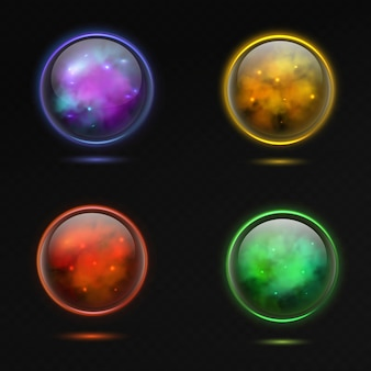 魔法の球。ガラスの輝く3dマジックグローブと光沢のある稲妻とプラズマ、スピリチュアルクリスタルオーブ、オカルトシャインエネルギー紫と黄色、赤と緑のボール、色付きのリアルなベクトル分離セット