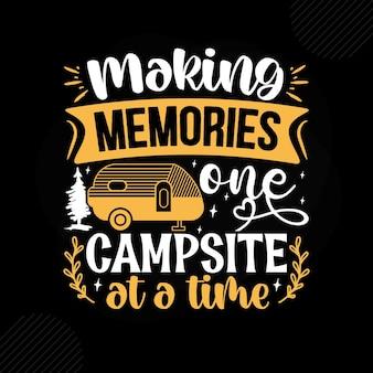 一度に1つのキャンプ場で思い出を作るプレミアムキャンプタイポグラフィベクトルデザイン
