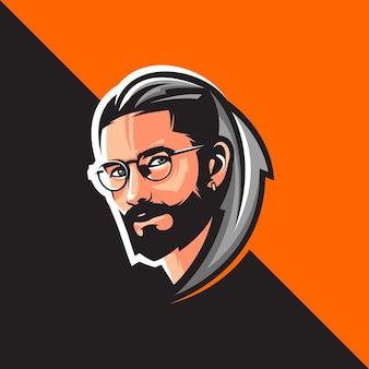 Лицо мужчины с бородой