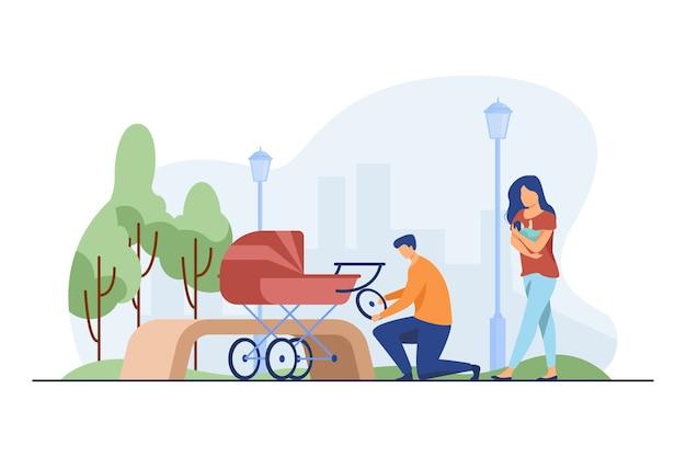 乳母車を修理する男性と赤ちゃんを養う女性。ホイール、公園、新生児フラットベクトルイラスト。母性と授乳