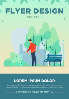 都市公園のホース散水ブッシュを持つ男。庭師、州の労働者、市役所フラットベクトルイラスト。バナー、ウェブサイトのデザインまたはランディングウェブページの都市緑化、造園作業のコンセプト