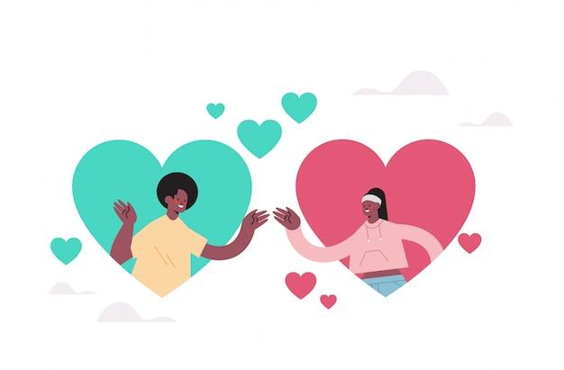 Мужчина женщина в чате в онлайн знакомства приложение пара в красочных сердцах найти свою любовь социальные отношения общение концепция портрет горизонтальный иллюстрация