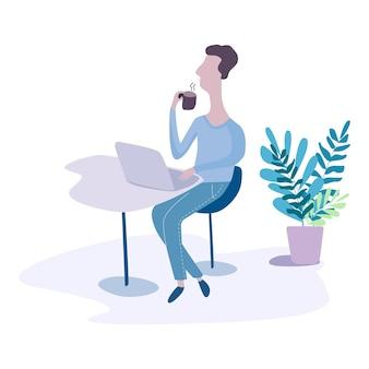 노트북을 사용하고 커피를 마시는 인터넷 작업을 하는 남자. 집에서 일하십시오. 여행과 일. 카페에서