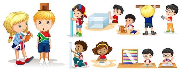 さまざまなツールで物を測定する多くの子供たち Premiumベクター
