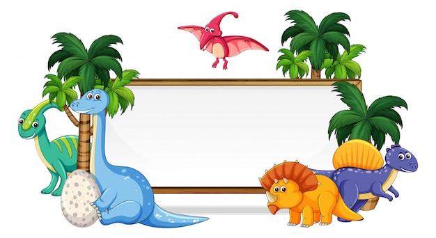 ホワイトボードに多くの恐竜