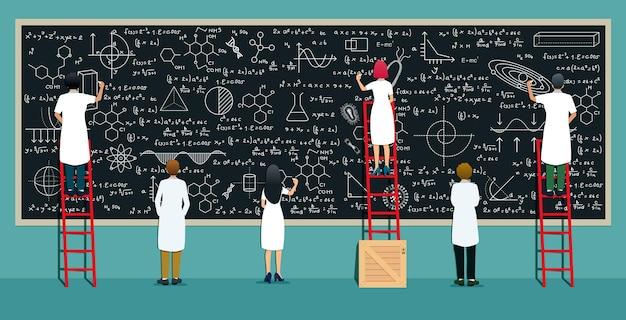 多くの科学者が研究式を作成し、黒板に書いています