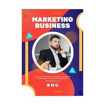 Modello di volantino aziendale di marketing