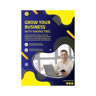 Modello di volantino verticale di attività di marketing