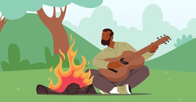 모닥불에 앉아 노래를 부르고 기타를 연주하는 성숙한 남자. 여름 캠프에서 활동적인 관광 남성 캐릭터 여가 시간. 레저, 휴가 하이킹 또는 모험 여행. 만화 벡터 일러스트 레이 션