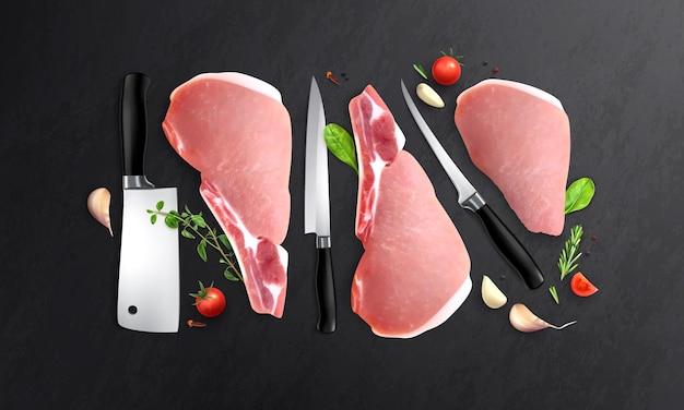Реалистичная мясная композиция с видом сверху на черный стол с ножами разного размера и стейками