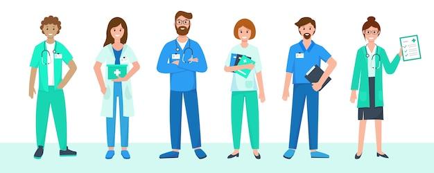 Бригада медицинского персонала в униформе со стетоскопами и папками