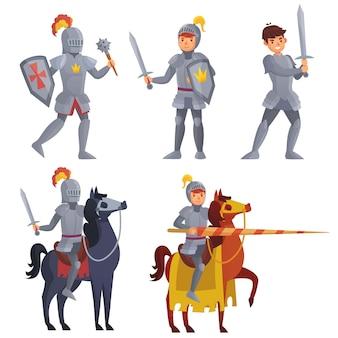칼을 든 중세 기사, 말을 타고 랜스를 든 왕실 기사. 전투에서 싸우기 위해 방패와 철퇴를 가진 전사. 갑옷 고립 된 세트를 입고 영웅입니다. 동화 문자 벡터 일러스트 레이 션