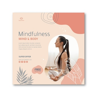 Volantino quadrato meditazione e mindfulness