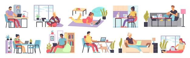 집에서 일하는 남녀. 거실 내부 프리랜서 개념 플랫 만화 벡터 세트에서 노트북 컴퓨터나 스마트폰이 있는 소파나 안락의자에 앉아 있는 홈 오피스 사람들의 원거리 안락 작업