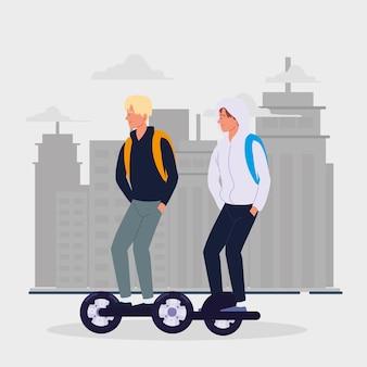 Мужчины на электротранспорте скутер гироскутер