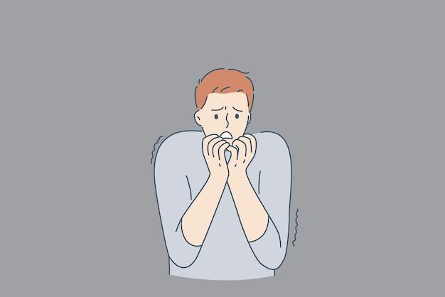 Концепция психического здоровья и внутренних страхов. молодой подчеркнутый человек мультипликационный персонаж, стоящий кусая ногти, плохо себя чувствует с призраками у стены изнутри, опасаясь векторные иллюстрации