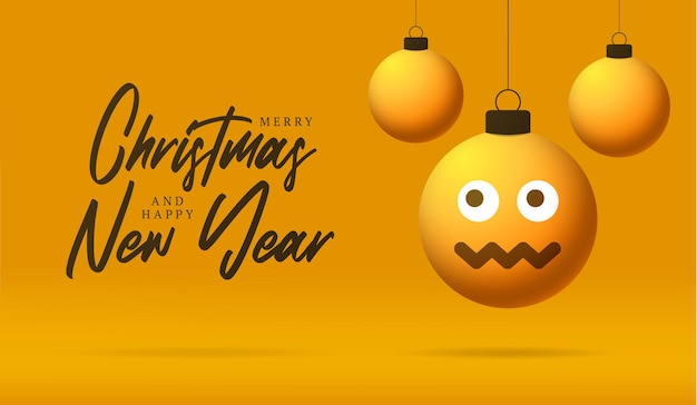 Веселая рождественская открытка с смайликом смущенной улыбкой диззи. векторная иллюстрация в плоском стиле с рождественскими буквами и эмоциями в елочном шаре, висящая на нитке на фоне