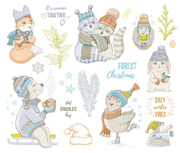 메리 크리스마스 귀여운 숲 동물, 여우, 올빼미, 너구리, 곰, 고슴도치. 손으로 그린 낙서 세트입니다. 만화 크리스마스 & 새해 복 많이 받으세요.