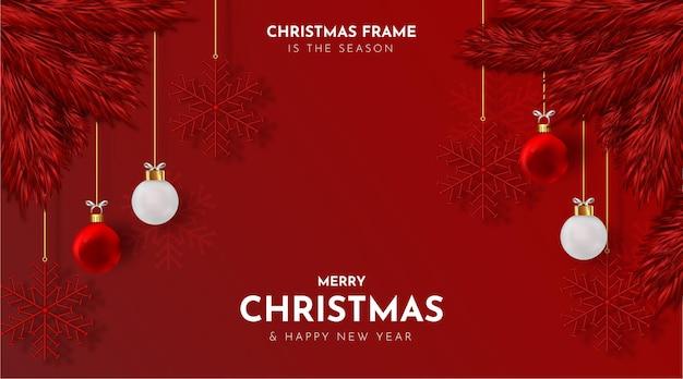 Веселая новогодняя рамка с реалистичными елочными шарами