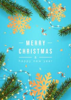С рождеством христовым поздравительная открытка или плакат с рождественским декором еловых веток и конфетти вектор