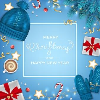 Счастливого рождества с новым годом приветствие фон зимние элементы еловые ветки подарки сладости гирлянда