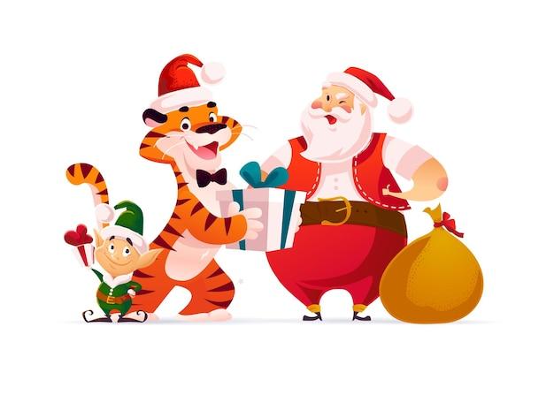 С рождеством христовым иллюстрация с персонажем тигра в шляпе санта-клауса, персонажами-эльфами с изолированными подарками. вектор плоский мультяшный стиль. для баннеров, распродаж открыток, постеров, бирок, веб, флаеров, рекламы.