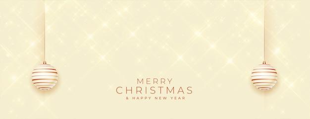 Счастливого рождества блестящий баннер с украшениями безделушки