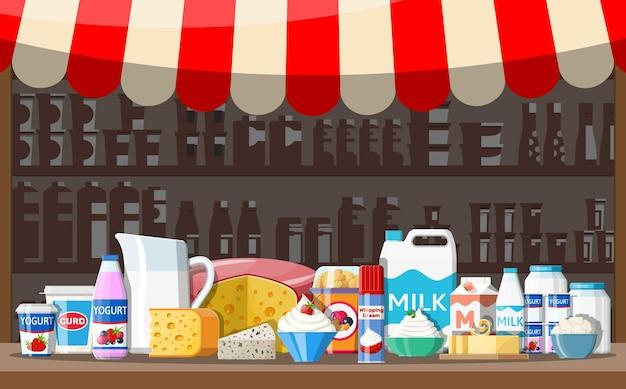 Прилавок магазина на молочном рынке