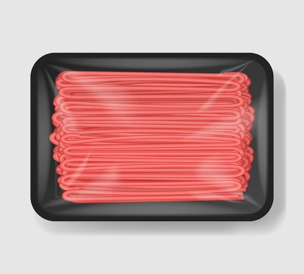 Фарш из мяса в пластиковом лотке с целлофановым покрытием. пластиковый пищевой контейнер. иллюстрации.