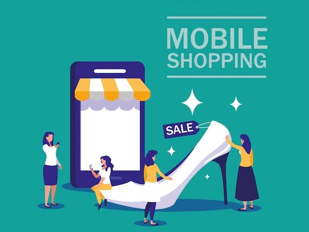 スマートフォンとオンラインショッピングを行うミニユーザー