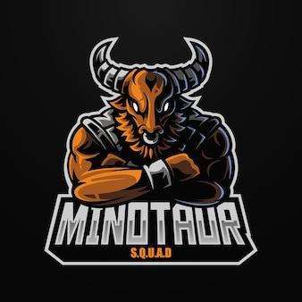 Логотип талисмана рыцаря минотавра для киберспортивной и спортивной команды