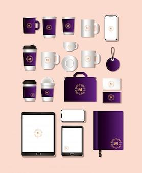 濃い紫色のブランディングが施されたモックアップセット