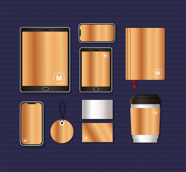 Мокап с золотым брендированием фирменного стиля и канцелярской тематикой