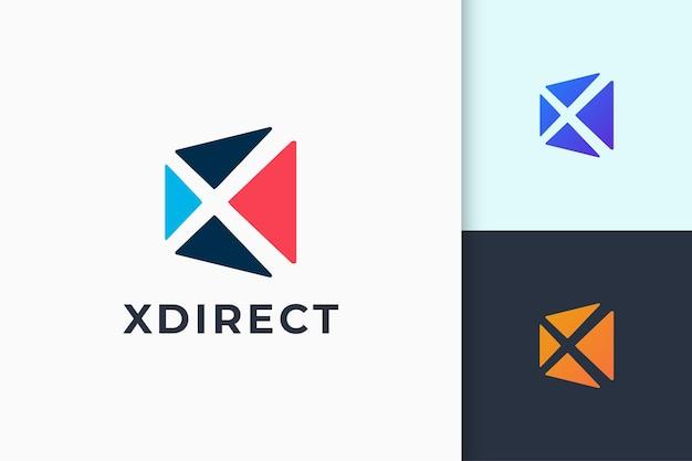 추상적 인 모양의 현대 응용 프로그램 로고는 기술을 나타냅니다.