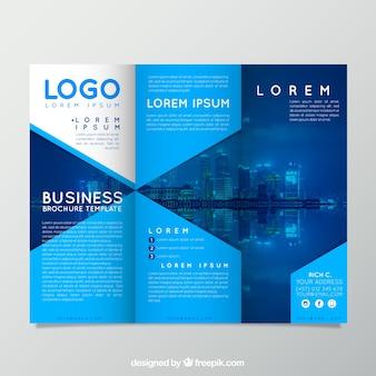 Modello blu brochure trifold moderno