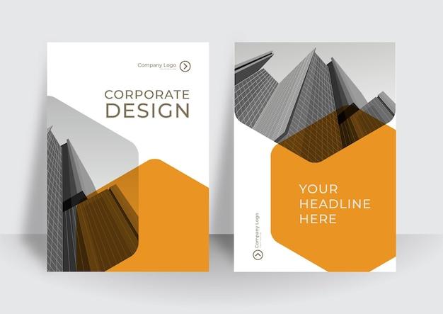 비즈니스를 위한 현대적인 주황색 흰색 4 표지 디자인 레이아웃입니다. 기업 개념의 추상 기하학