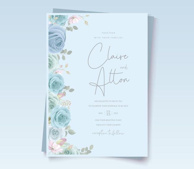 青い花の装飾が施されたモダンなウェディングカード