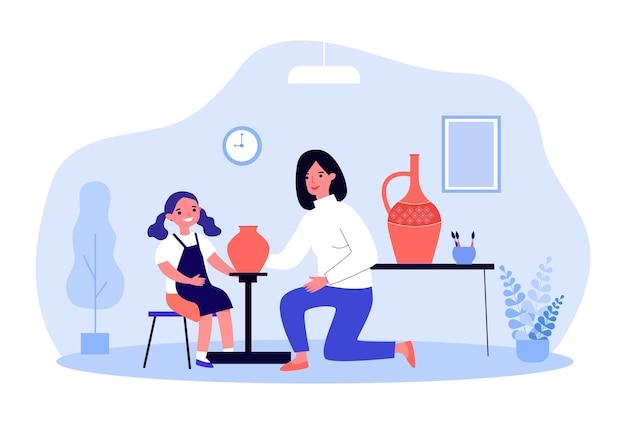 Мама и дочь делают глиняные вазы. плоские векторные иллюстрации. женщина и девушка в фартуке, создавая глиняную посуду и раскрашивая ее в гончарной мастерской. семья, хобби, творчество, гончарное искусство, керамическая концепция