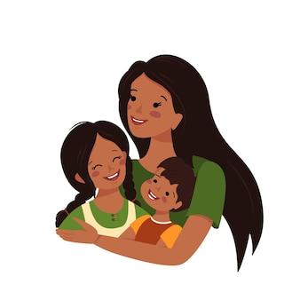 엄마는 딸과 아들을 껴안고 해피 어머니의 날 여자는 소년과 소녀를 돌본다