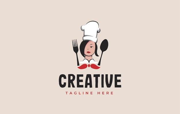 숟가락과 포크로 어머니 요리사의 로고 디자인 영감 벡터 일러스트를 요리하는 엄마