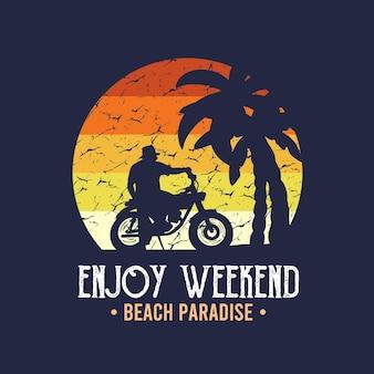 팜비치와 오토바이가 있는 티셔츠 프린트를 위한 모닝 바이브 오토바이 비치 타이포그래피