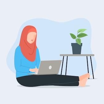 Мусульманские женщины с ноутбуком, сидя на полу. фриланс изучает концепцию или работу из дома. симпатичные иллюстрации в плоский.