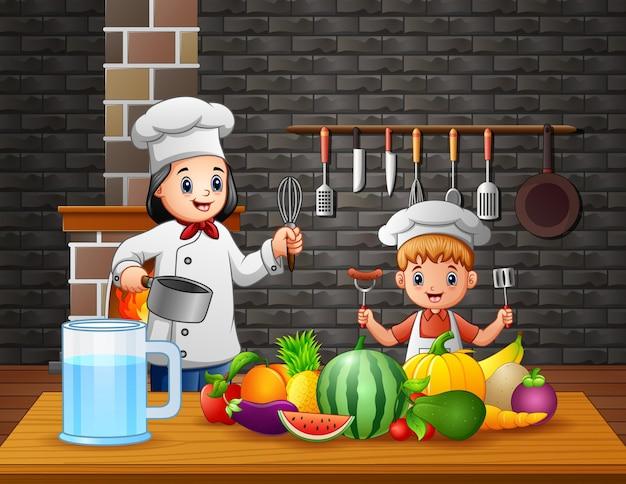 母と息子が台所で食事を準備する